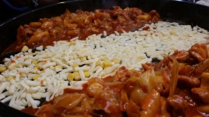 Adam and I went to Jeonju, and of course we had to go to our favourite restaurant, Gosoo Dakgalbi! Pic by: Div